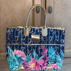 Lilly Pulitzer tote with luggage strap -NWOT